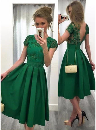 A-Line/Princess Scoop Neck Knee-Length Satin Cocktail Dresses With Beading Sequins