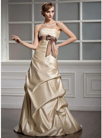 A-Line/Princess Satin Sleeveless Strapless Court Train Wedding Dresses